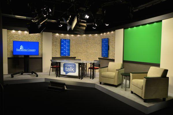 Sarasota County, county talk, UNIPRO Desk System, UNISET, UNPRO Studio System, News desk, News set