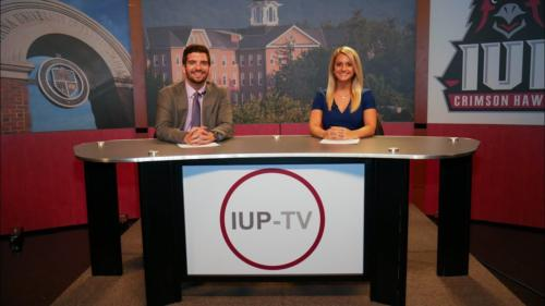 Indiana University of PA Set 5' RPs with cognac birdseye knee wall and graphics across the upper panels