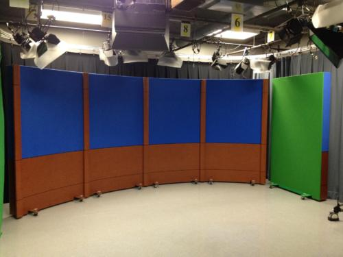 5' Rolling Panels with Chroma Blue Upper Veltex and cognac birdseye lower knee walls
